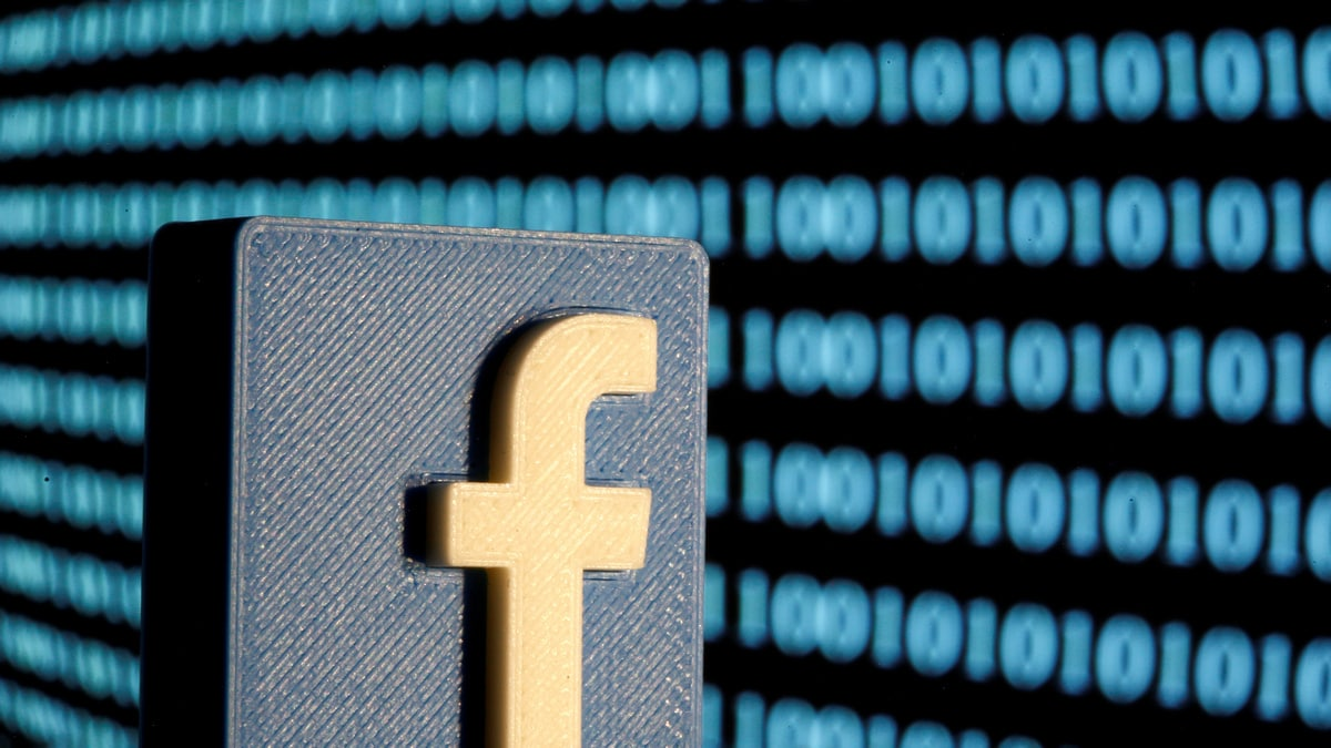 facebook-will-let-users-move-images-videos-easily-to-other-platforms